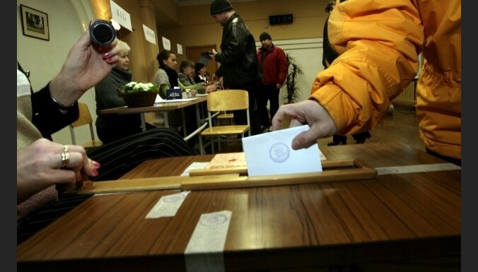 Grib par divām stundām saīsināt balsošanas laiku Saeimas vēlēšanās