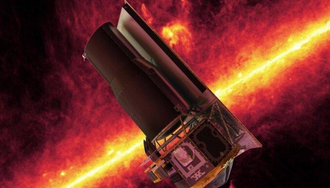 Atvadas no ņiprā 'Spitzer': 20 grandiozi ar kosmisko teleskopu uzņemti attēli