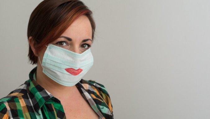 В ноябре и декабре малоимущим латвийцам раздадут 250 000 масок для лица