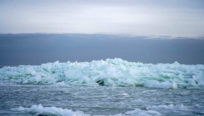 Ledus krāvumi un ne tikai: ko šobrīd piedāvā aplūkot jūras piekraste