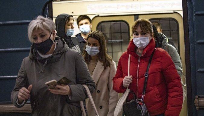Коронавирус в России: новый рекорд заражений и переполненные морги