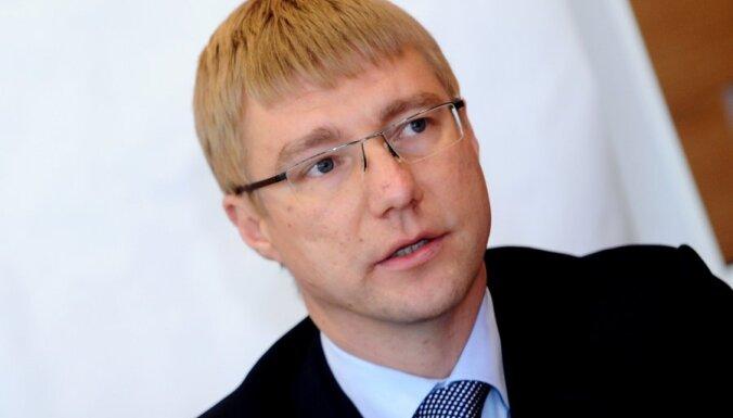 Pēc piedzīvojumiem Kannu izstādē darbu jāpamet Rīgas attīstības departamenta vadītājam