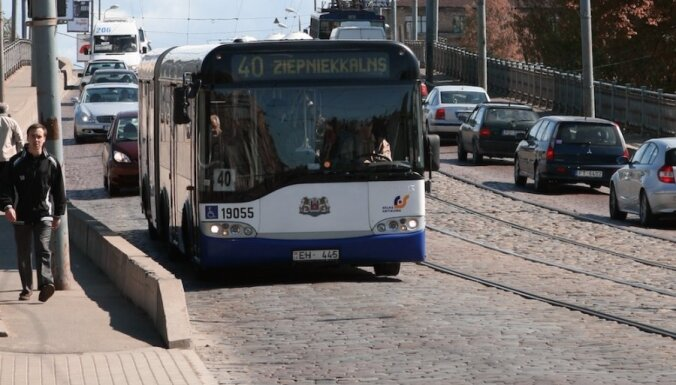 Министерство сообщения хочет продлить маршруты Rīgas satiksmes за город