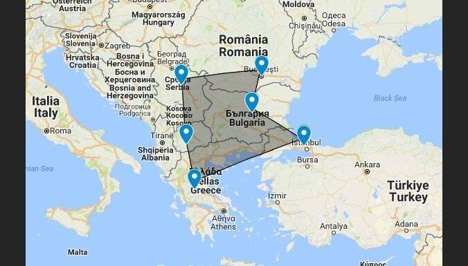 Gads Rumānijā: zārki pie ārdurvīm, pajūgs pilsētas centrā un citas nacionālās īpatnības