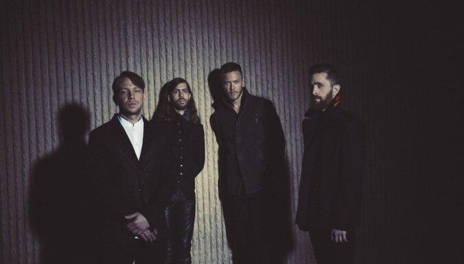 'Imagine Dragons' ar krāšņu šovu koncertēs 'Arēnā Rīga'
