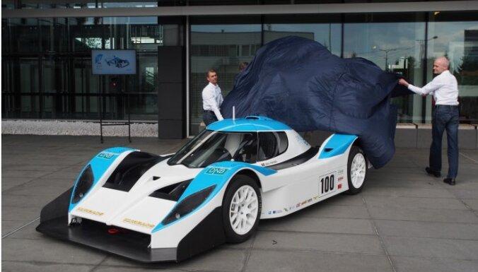 Dambji un 'eO' atkal gatavi pārsteigt autosporta pasauli