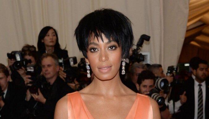 ВИДЕО: Сестра Бейонсе поколотила ее мужа, рэпера Jay-Z