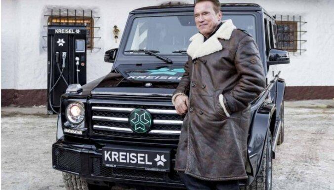 Speciāli Švarcenegeram izgatavota elektriskā 'Mercedes' G-klase