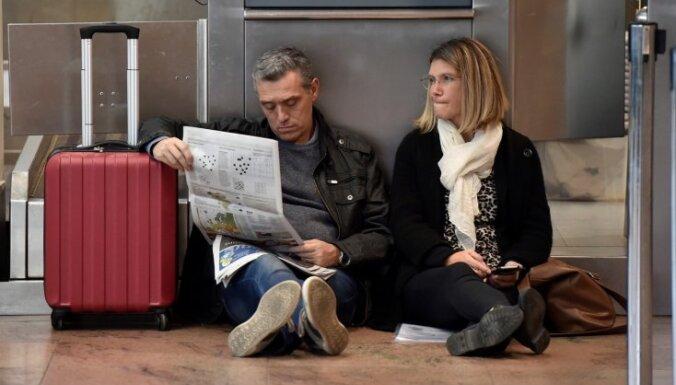 Streika dēļ Beļģijā uz diennakti paralizēta aviosatiksme