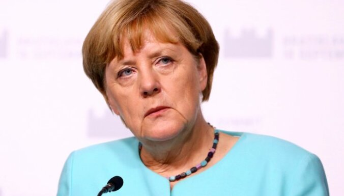 Меркель признала ошибки при решении кризиса с беженцами