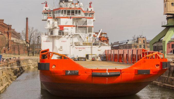 ASV sankcijām pakļauto Krievijas kuģi no Liepājas ostas nepadzīs
