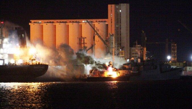 NATO iznīcina astoņus Lībijas militāros kuģus
