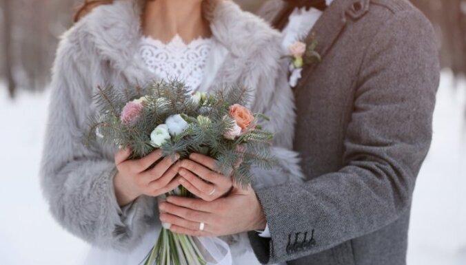 ЦСУ: В Латвии все реже регистрируют браки— виноват Covid-19