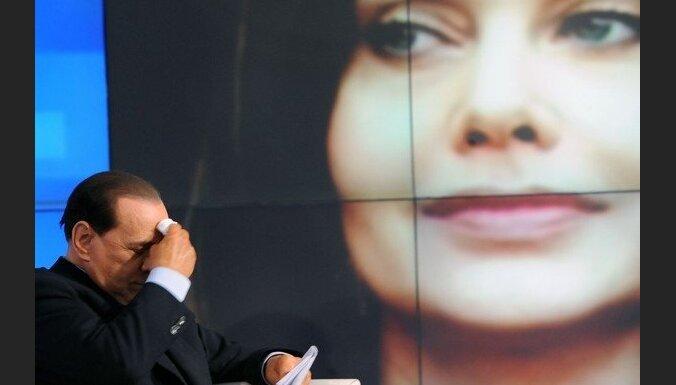 Прокуратура: Берлускони спал с Руби 13 раз