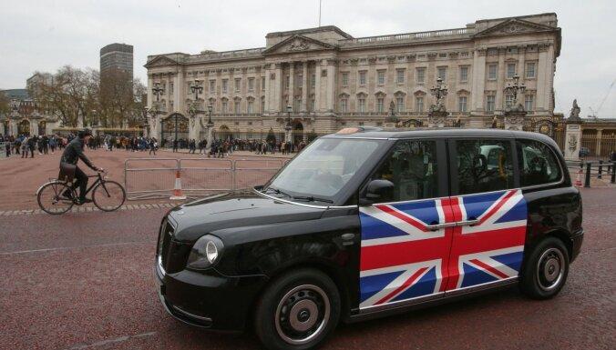 Lielbritānijā izsniegtas vadītāju apliecības būs jāapmaina