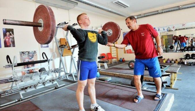 Svarcēlājs Suharevs izcīna 11. vietu pasaules čempionātā