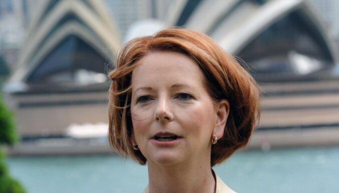 Austrālijas premjerministres pazaudēto kurpi mēģina pārdot interneta izsolē