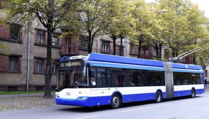 Рига планирует отказаться от троллейбусов на городских улицах