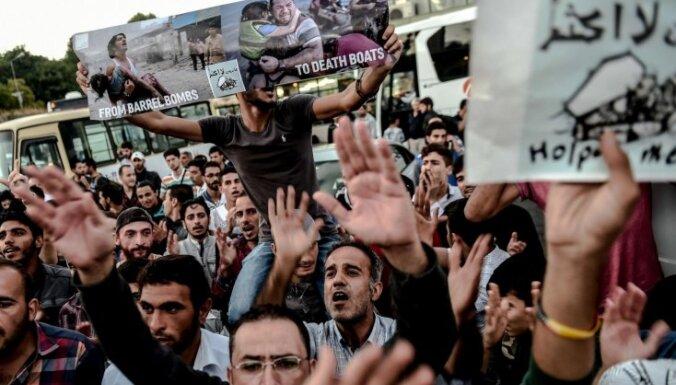 Эрдоган: Турция не сможет остановить поток беженцев в Европу, если ЕС не поддержит Анкару