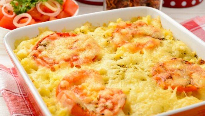 Kartupeļu biezputras un maltās gaļas sacepums