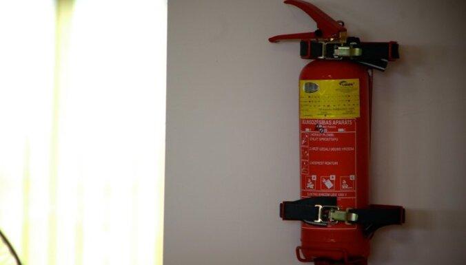В ходе проверок пожарной безопасности в Латгале нарушения были констатированы на каждом объекте