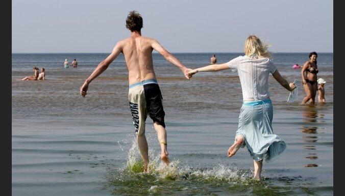 Vīrieši un sievietes ceļojumos slimo atšķirīgi