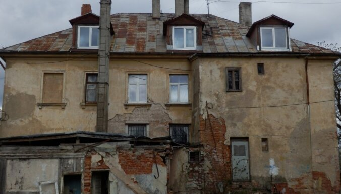 Сейм рассмотрит предложение сажать хозяев аварийных домов