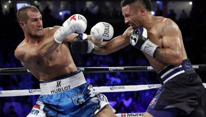 Sergey Kovalev vs Andre Ward, box