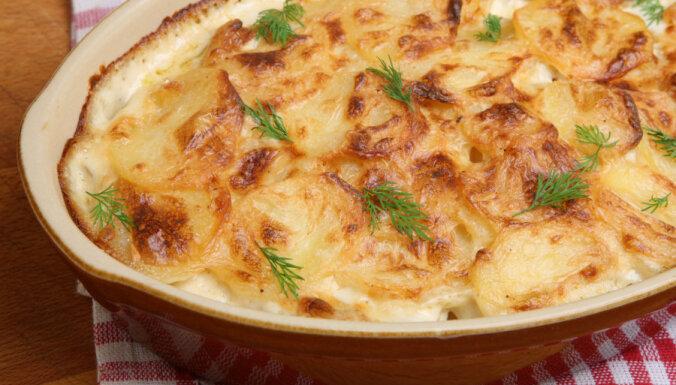 Kartupeļu un biezpiena sacepums