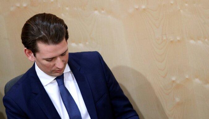 После скандала с россиянкой парламент Австрии вынес вотум недоверия канцлеру Курцу