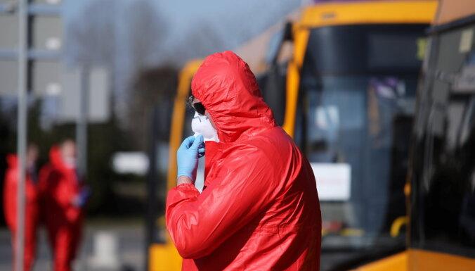 Latvijā miris vēl viens Covid-19 slimnieks; vēl četri saslimušie