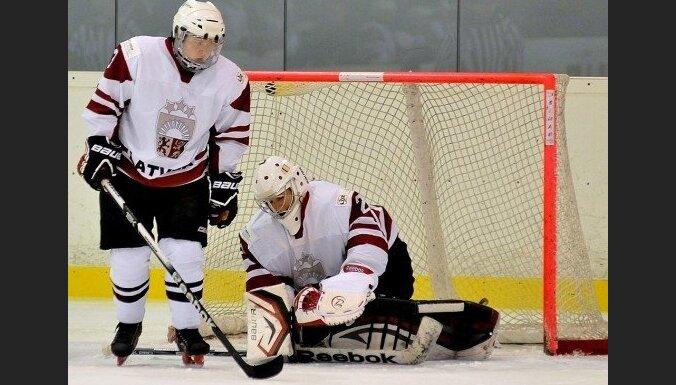 Хоккеистки сборной Латвии одержали три победы на чемпионате мира