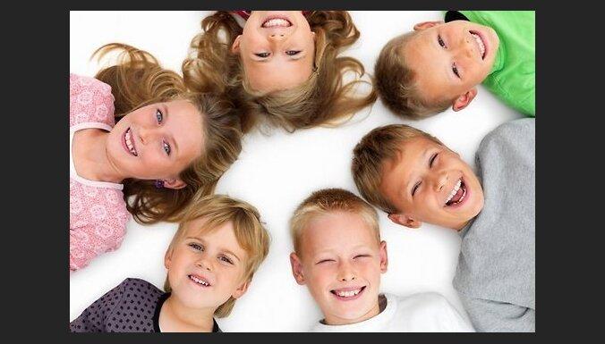Pārmērīga aprūpe kaitē bērnu psihei