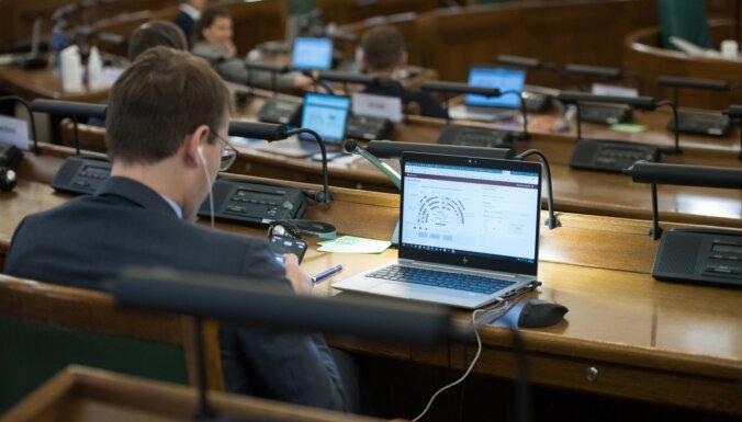 'Viens no pirmajiem pasaulē' – gatavs e-Saeimas rīks; opozīcijai šaubas