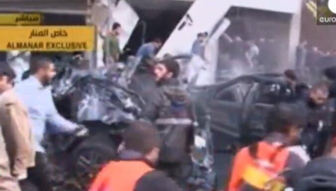 Spēcīgs sprādziens satricina Beirūtu; vairāki nogalināti un desmitiem ievainoti