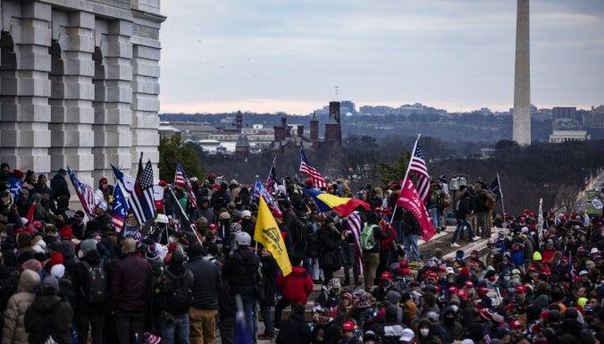FIB brīdina par 'bruņotiem protestiem' ASV pirms Baidena inaugurācijas