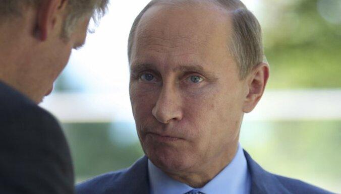 """Песков рассказал о """"минированиях"""" на пути кортежа Путина в Санкт-Петербурге"""