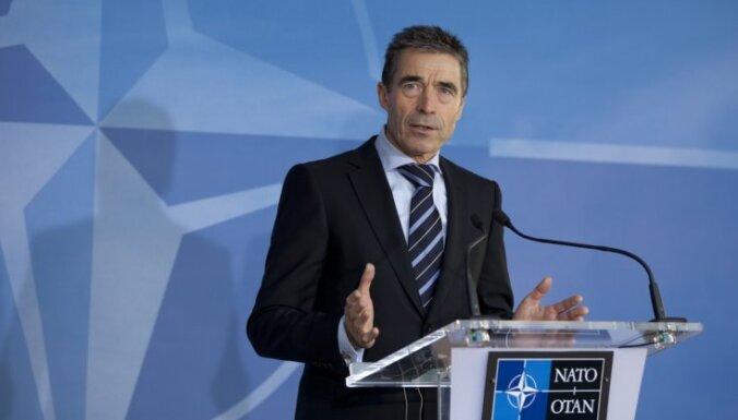 """Генсека НАТО тревожит """"враждебная"""" российская позиция"""