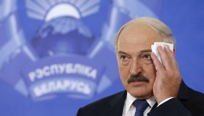 """""""Мир сошел с ума"""". Лукашенко озадачило закрытие Россией границы с Белоруссией"""