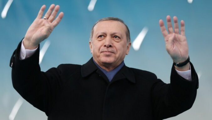 Erdogans: Turcijai nepieciešama stabila valdība