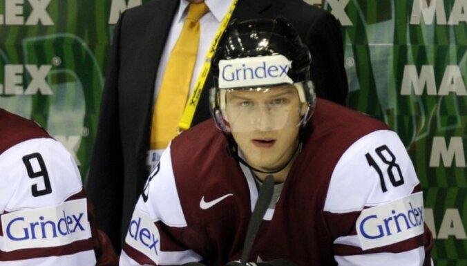 Сборная Латвии одержала первую победу перед ЧМ