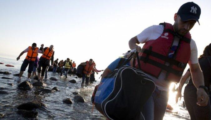 Grieķija veidos bēgļiem paredzētu veselības aprūpes centru pie Maķedonijas robežas
