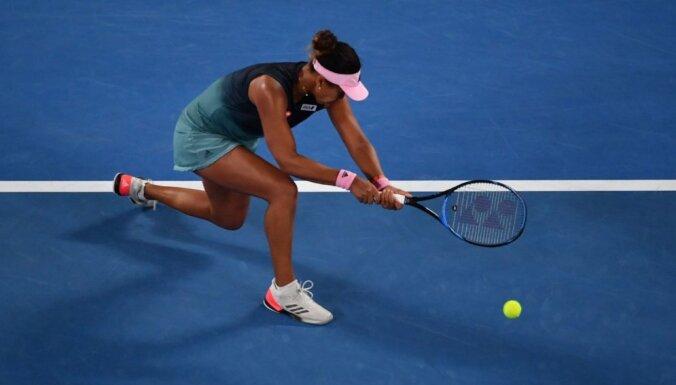 Osaka un Kvitova sasniedz 'Australian Open' finālu