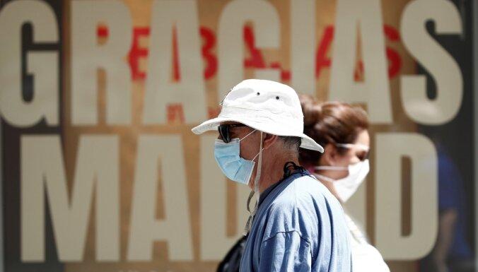 Коронавирус в мире: Борис Джонсон предупреждает о второй волне в Европе, угроза детского голода