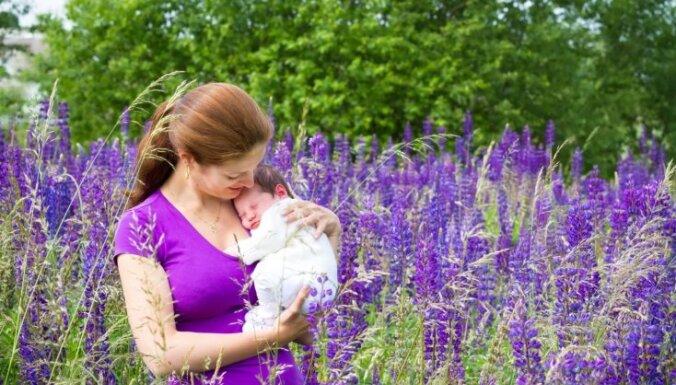Jaunajām māmiņām jātievē bez steigas. Ko var darīt formas labā