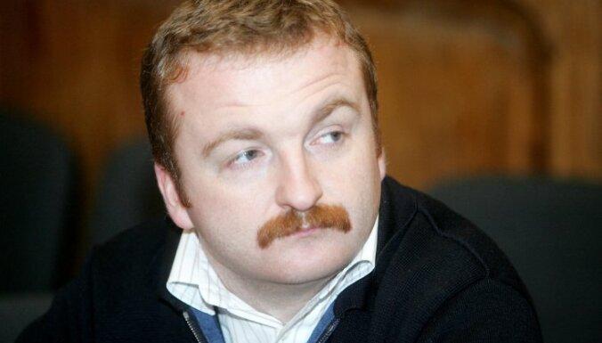 Замглавы Лиепайской думы Кронбергс уходит в отставку: его связывают со скандальной газетой