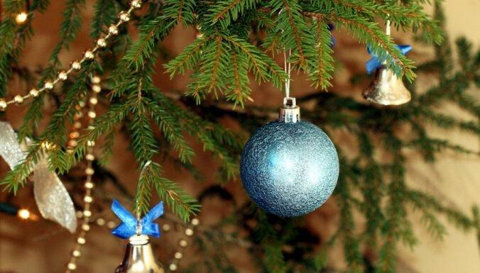 Svētku pasākumā Liepājā savainojas sieviete; Latvijā Jaunais gads sagaidīts mierīgi