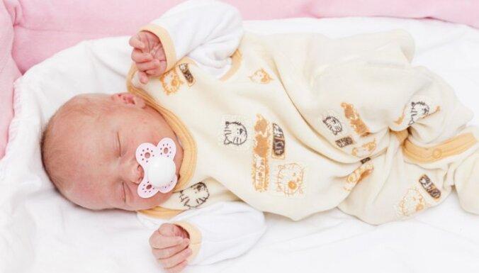 Rīgas Dzemdību namā 29. februārī pasaulē nākuši 12 mazuļi