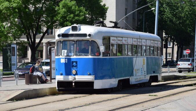 В Даугавпилсе возобновились экскурсии на ретро-трамвае
