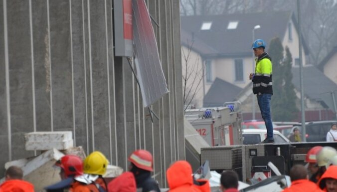 Латвия наградит четверых строителей за героизм во время трагедии в Золитуде